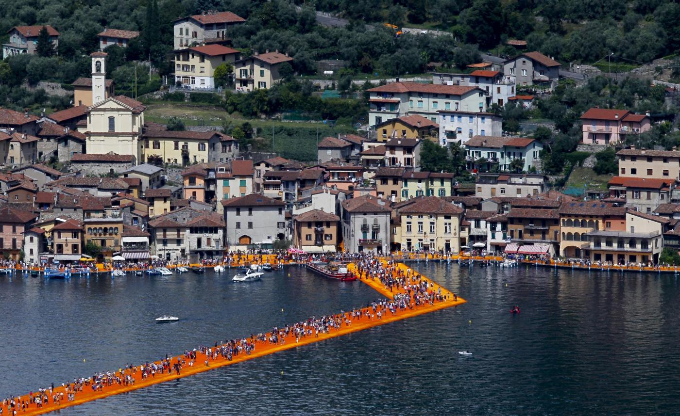 The Floating Piers opera dell'artista Christo