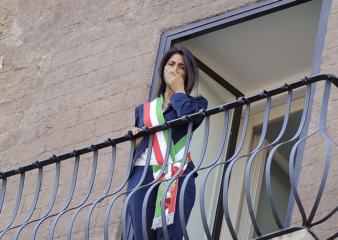 Virginia Raggi si insedia in Campidoglio