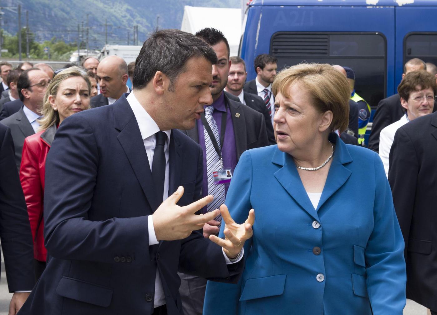 Angela Merkel bacchetta l'Italia: 'Le regole del settore bancario non si ridiscutono'
