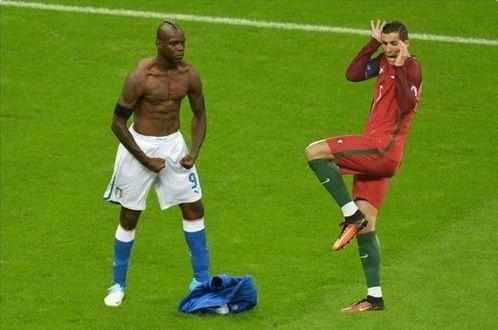 Cristiano Ronaldo meme Euro 2016, la posa buffa e gli sfottò