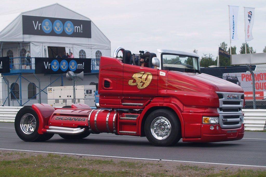 Scania che sgomma