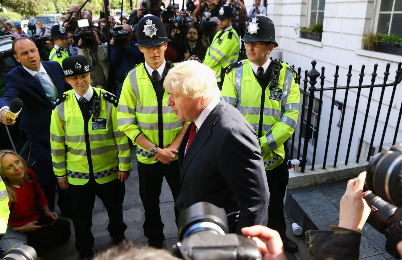 Brexit, Boris Johnson lascia la sua casa a Londra