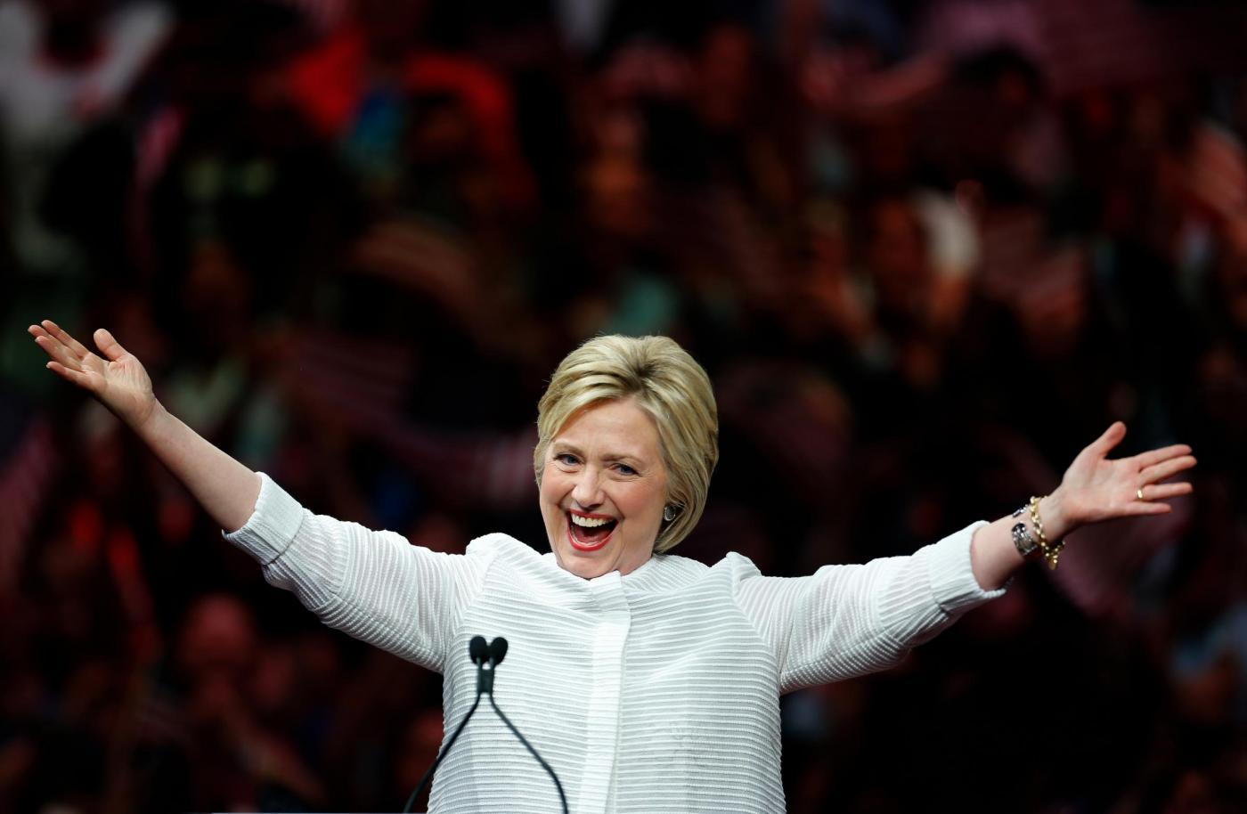 Hillary Clinton annuncia la nomination come candidata alle presidenziali per i democratici