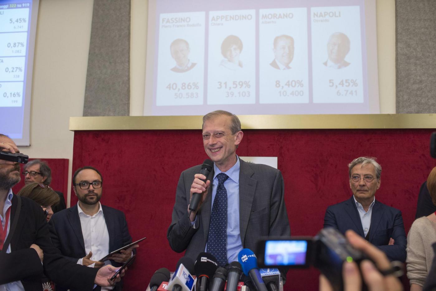 Torino, conferenza stampa del Sindaco Piero Fassino dopo i primi exit pool