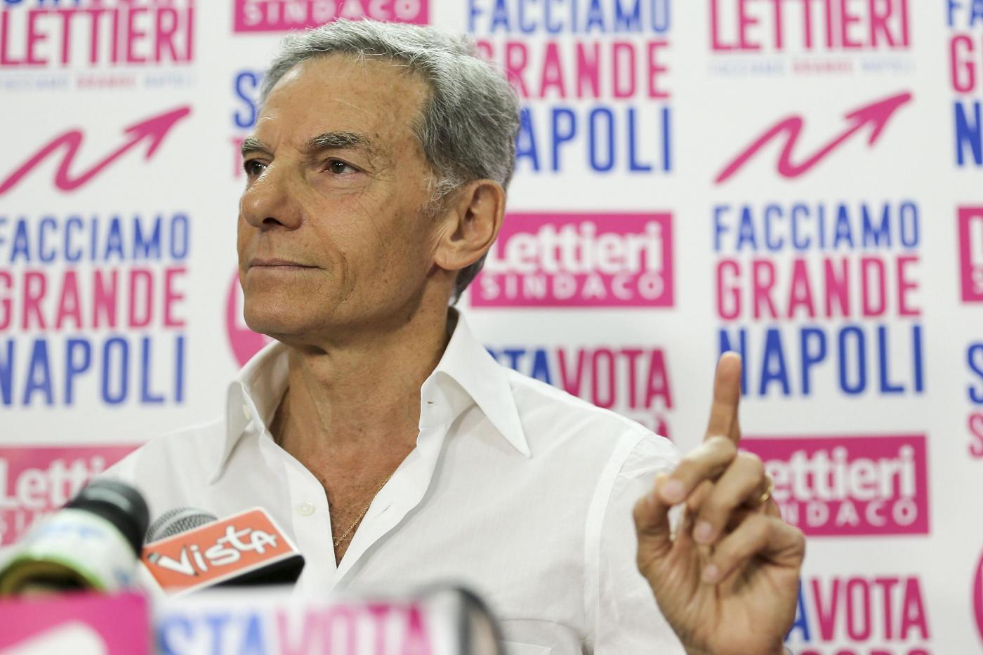 Elezioni amministrative Napoli, conferenza stampa Gianni Lettieri