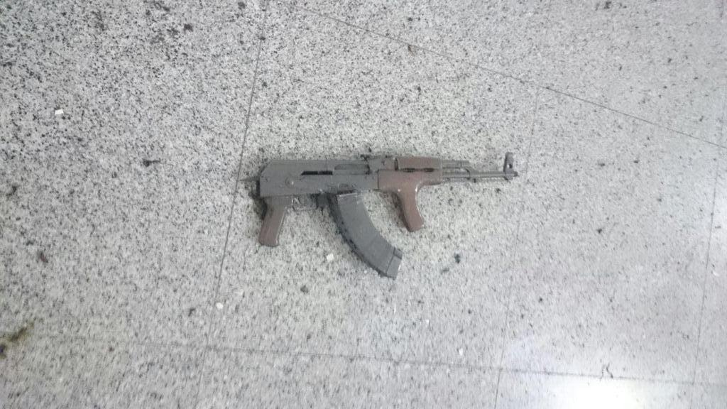 Istanbul, spari ed esplosioni all'aeroporto Ataturk: 10 morti