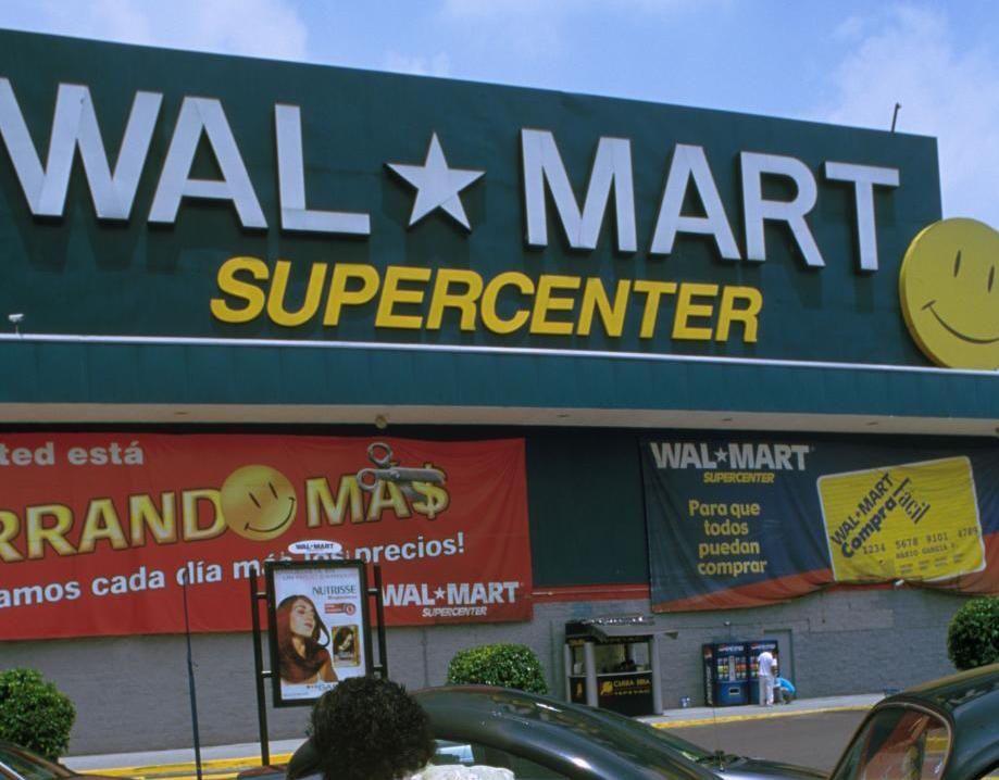 Texas, sparatoria in un Walmart: ucciso il sospetto