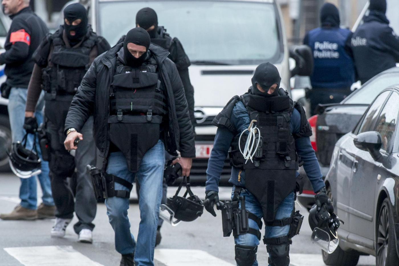 Assedio a Bruxelles: si cerca Abdeslam Salah, attentatore al Bataclan