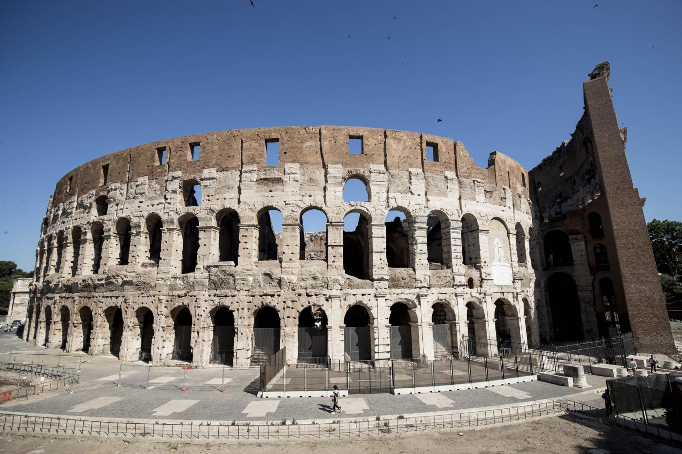 Colosseo, fine del restauro dell'arena simbolo d'Italia