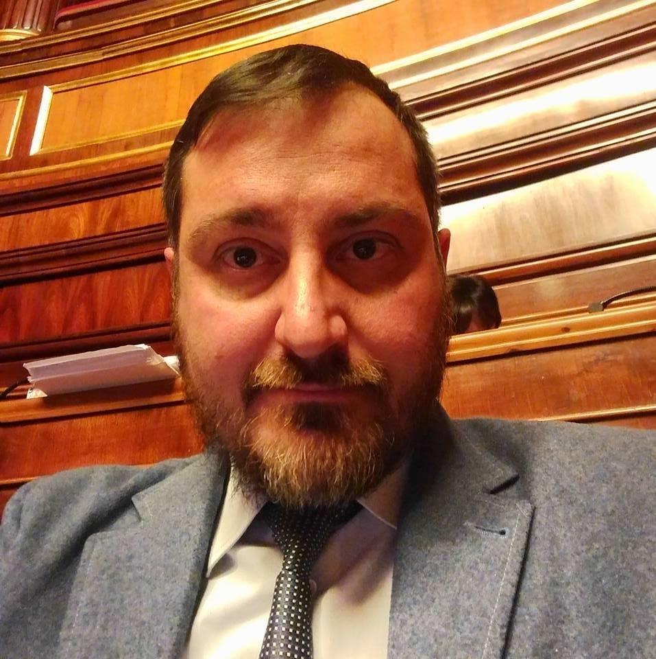Il senatore Giuseppe Vacciano sconsolato: respinte per la terza volta le dimissioni da parlamentare
