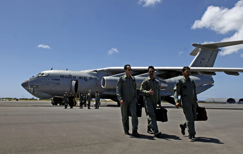 India, scomparso aereo militare con 29 persone a bordo