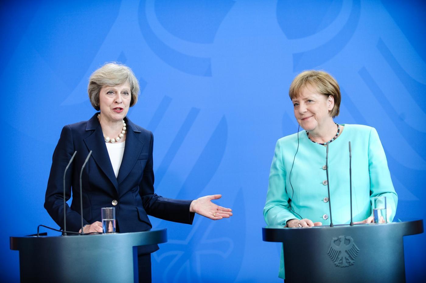 Brexit: incontro May-Merkel sul futuro di Ue e Regno Unito