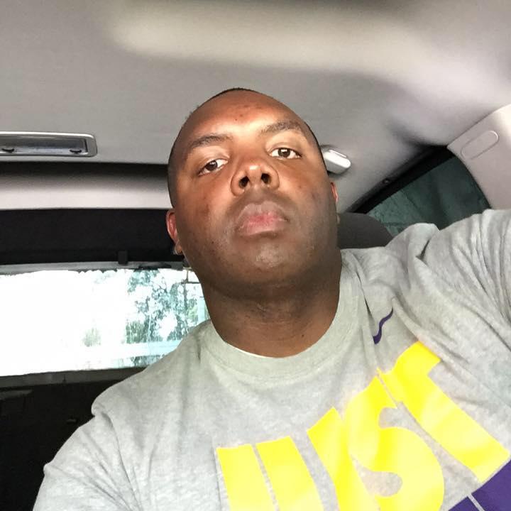 Sparatoria a Baton Rouge, il post del poliziotto afroamericano ucciso: 'L'odio non infetti i vostri cuori'