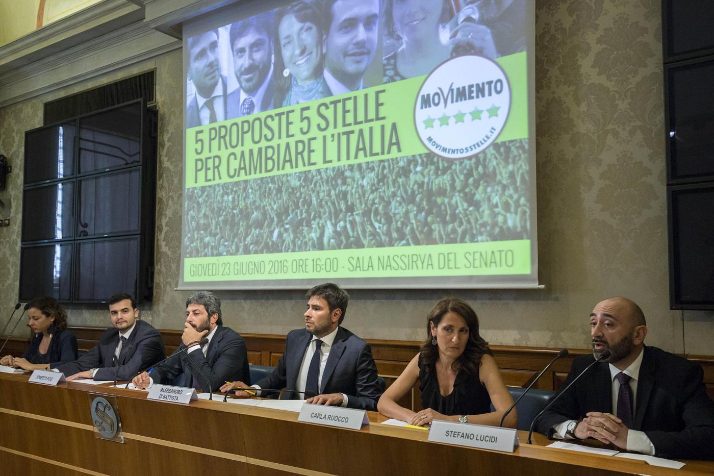M5s in rivolta dopo la sentenza di Napoli: gli espulsi chiedono un'assemblea nazionale