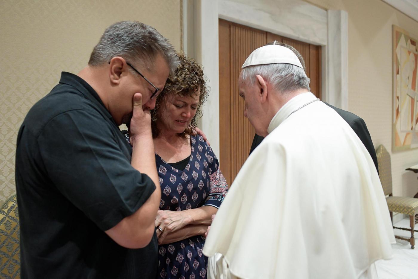 Papa Francesco riceve i genitori di Beau Solomon Jordan