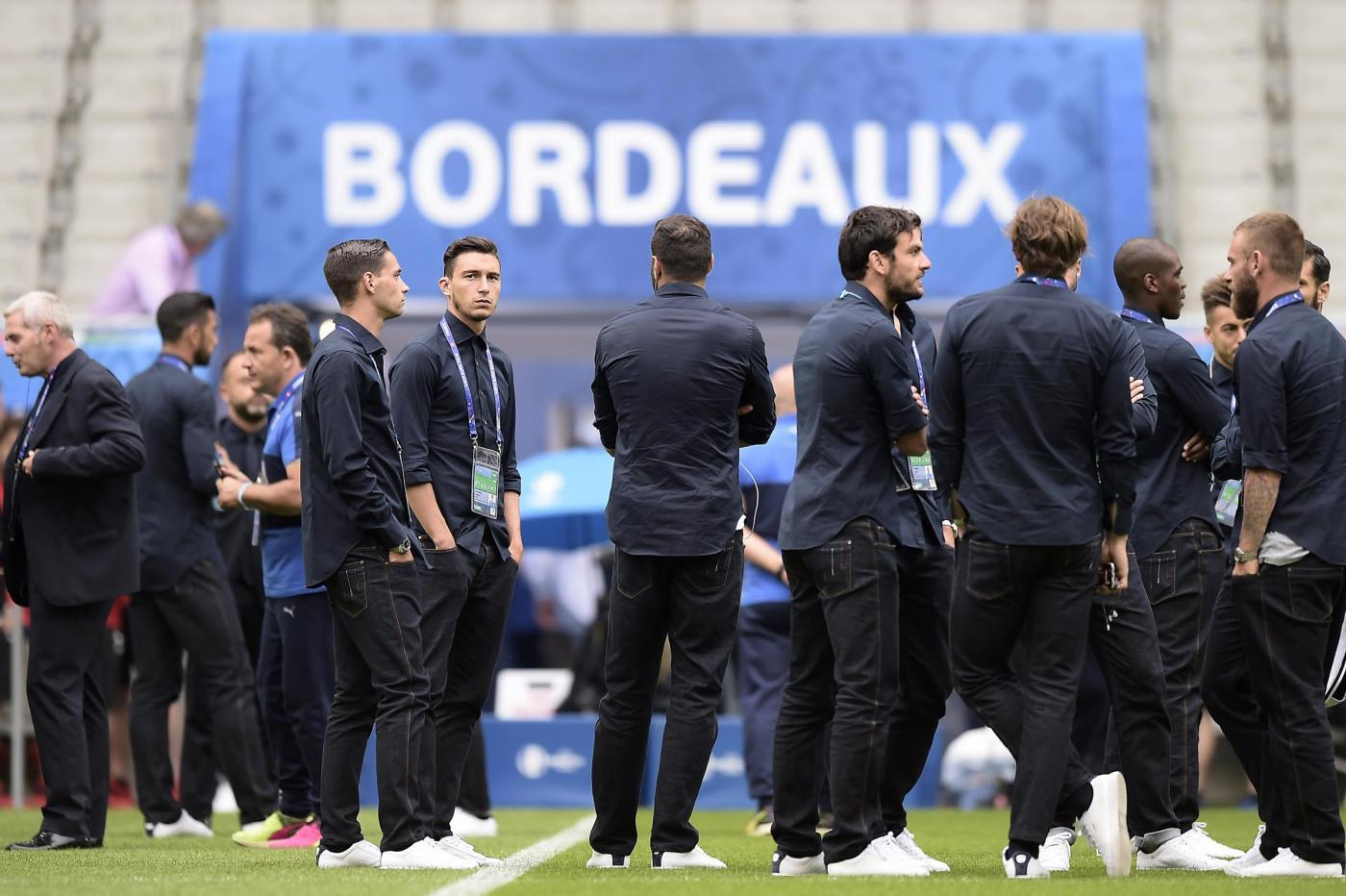 Euro 2016 Passeggiata sul campo dell'Italia alla vigilia delle sfida con la Germania