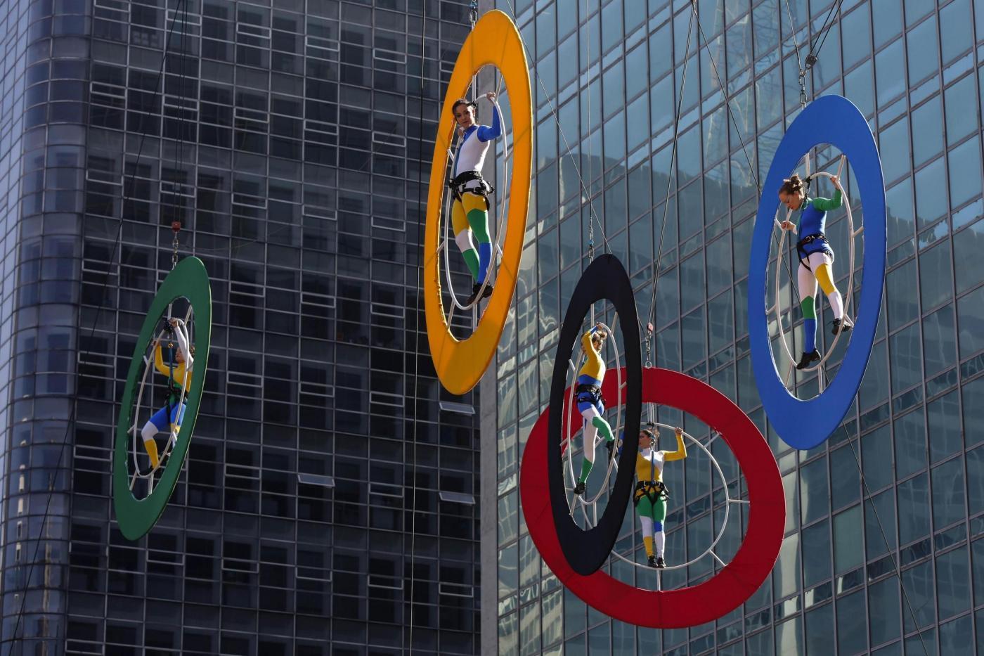 Brasile, la fiamma olimpica arriva a San Paolo