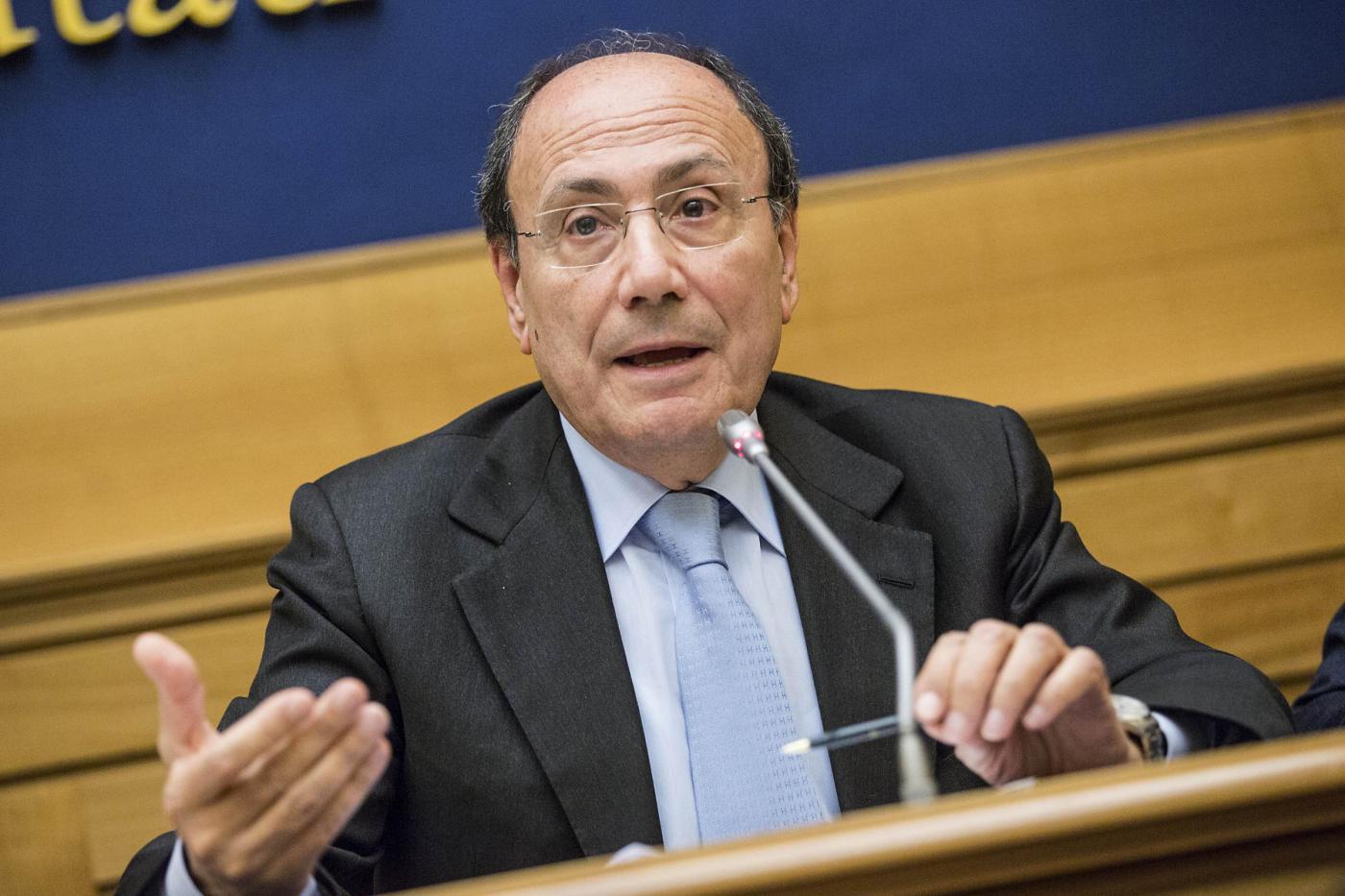 Ncd, Renato Schifani dà le dimissioni da capogruppo