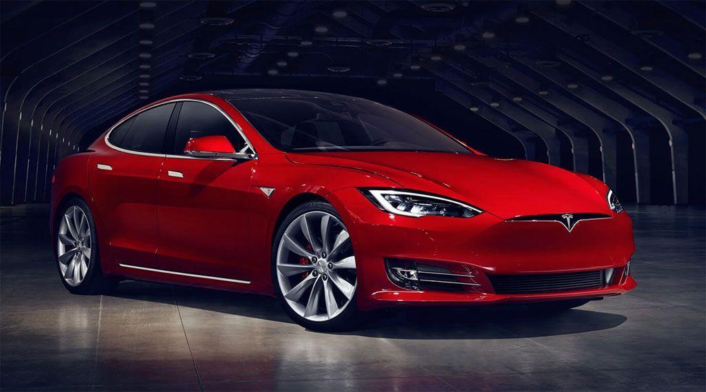 Guida autonoma: incidente mortale su una Tesla Model S con Autopilot