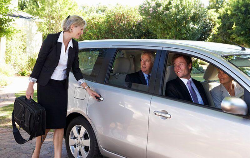 Cos'è il carpooling, vantaggi e svantaggi