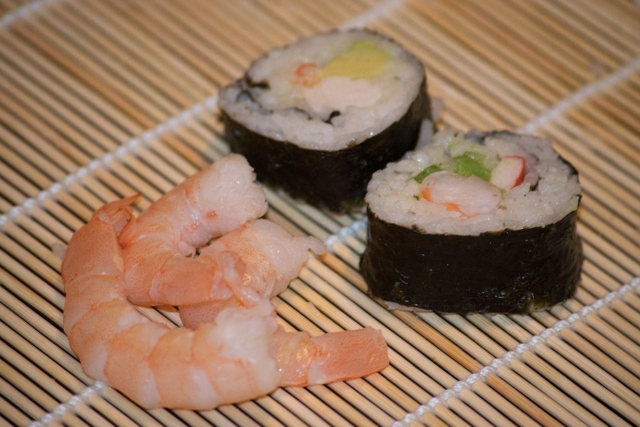 cosa c e dentro il sushi perche fa male