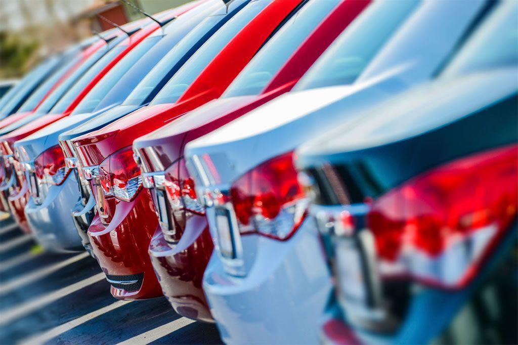 Formule finanziamenti auto: tradizionale e con maxirata, come funzionano