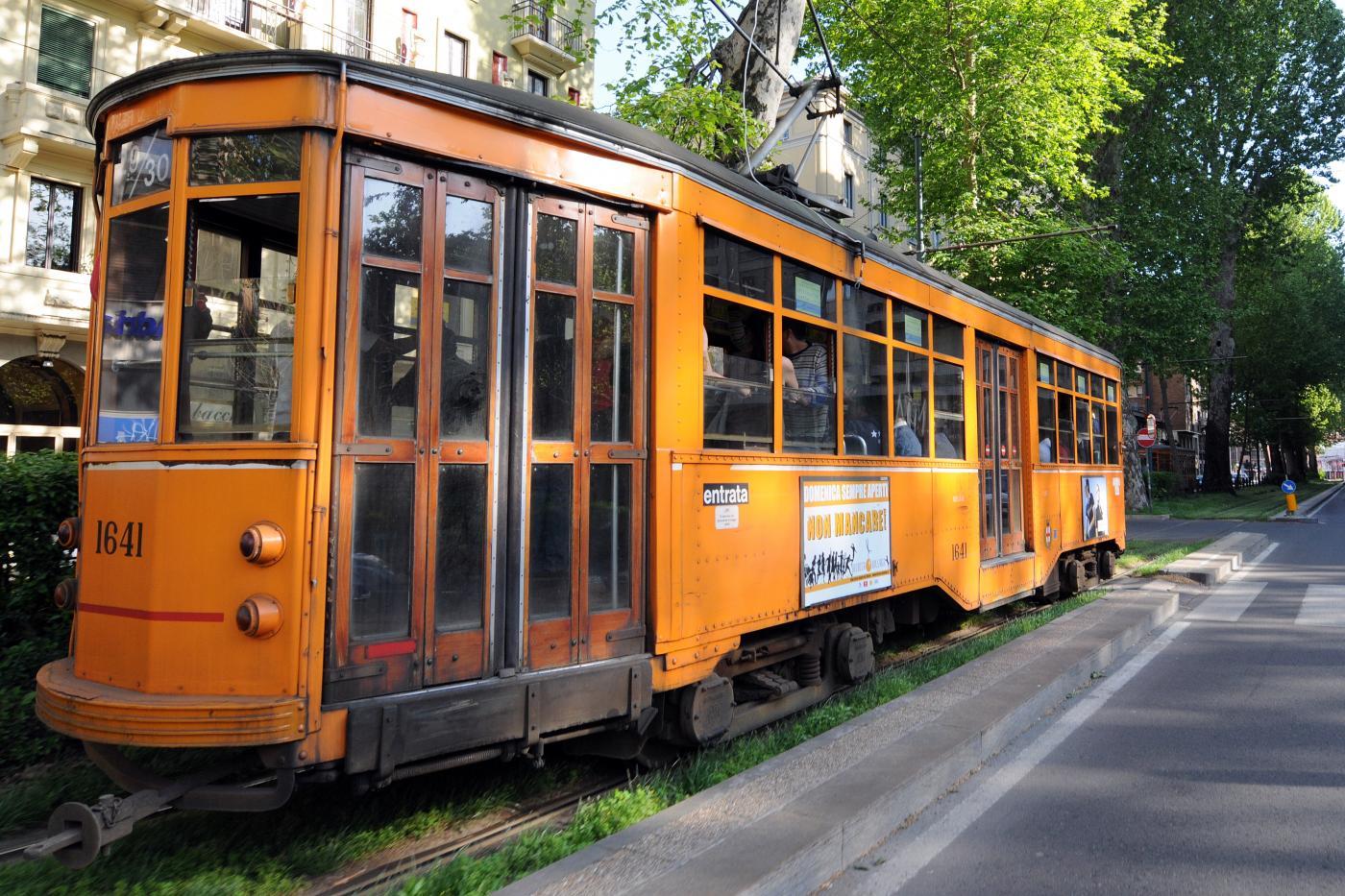 milano tram aggresssione latinos