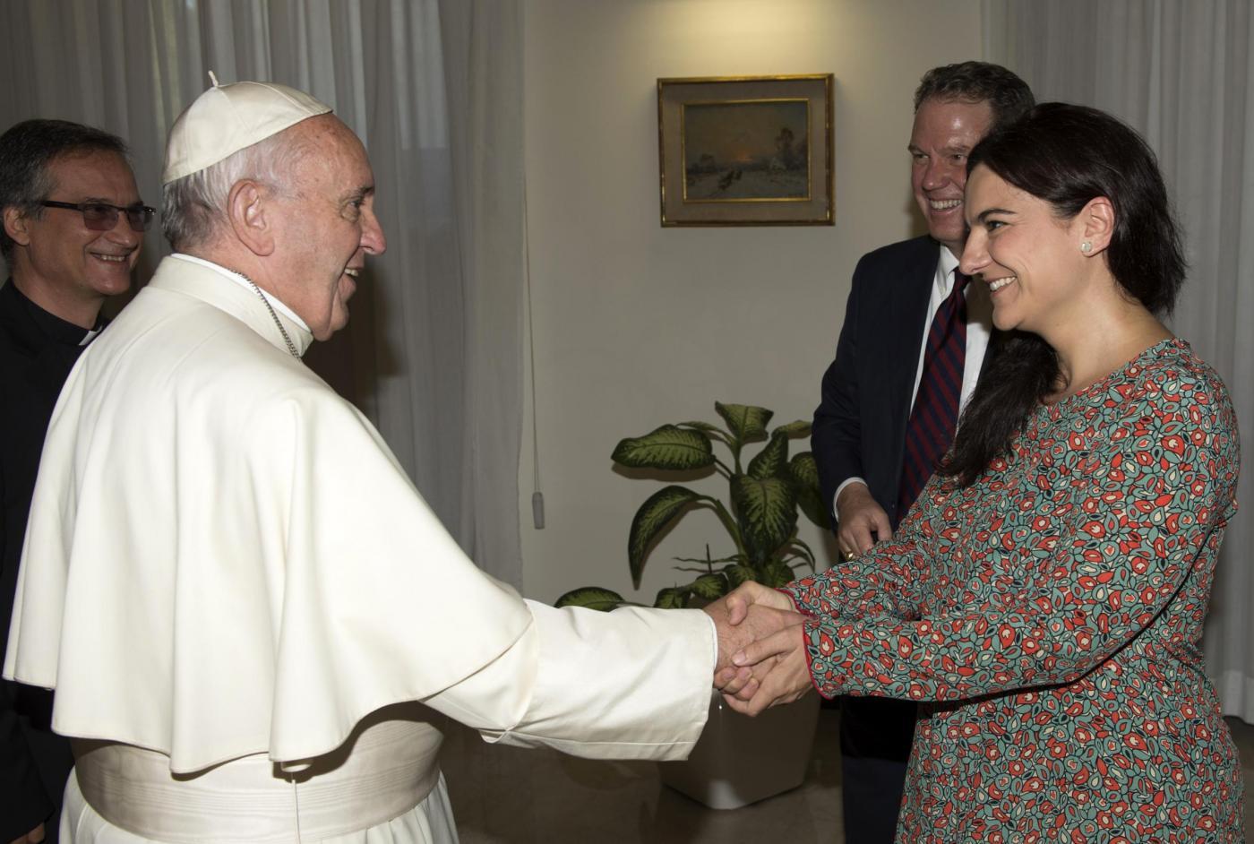 Papa Francesco incontra Greg Burke,nuovo direttore della Sala Stampa Vaticana
