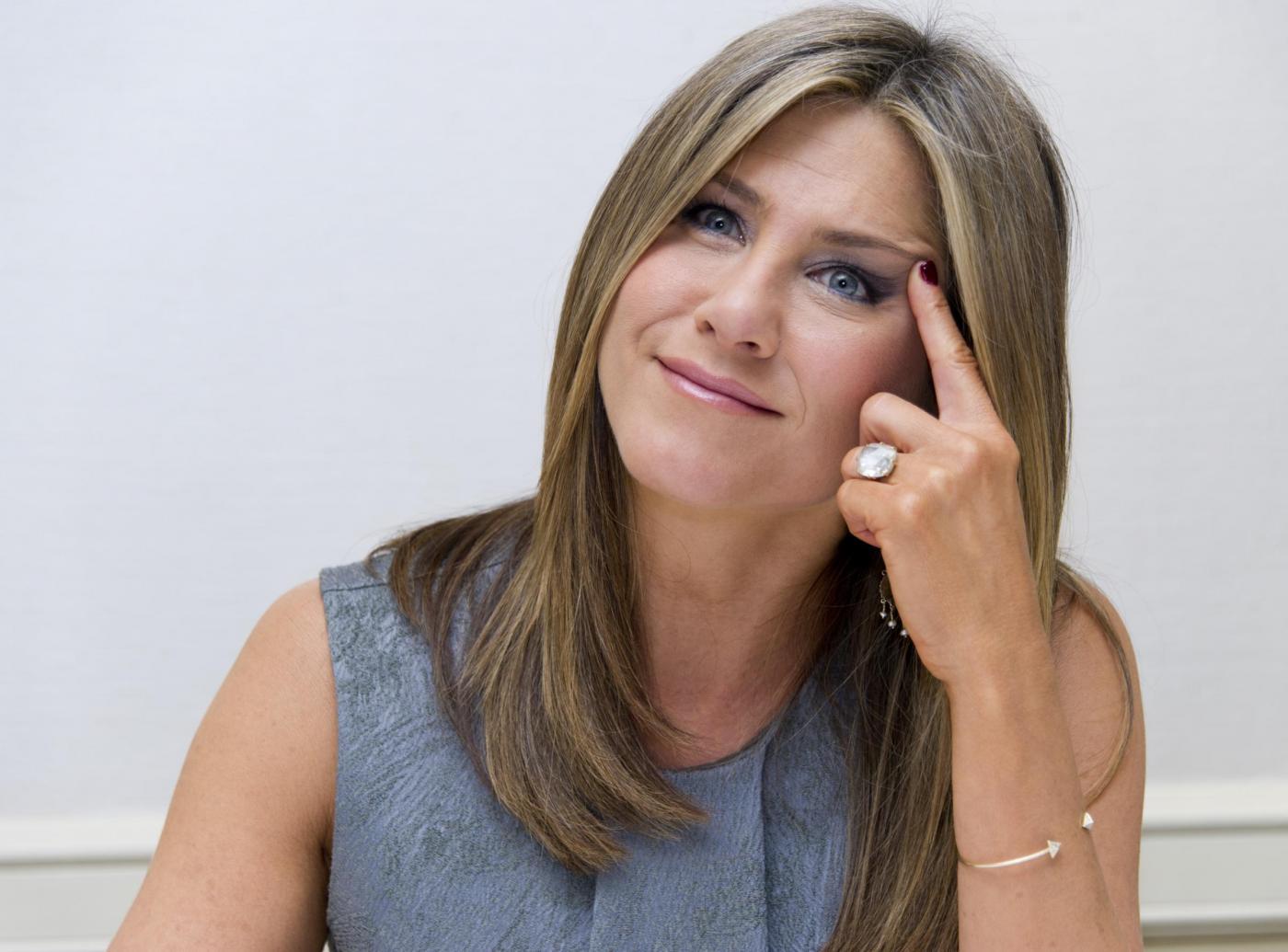 Jennifer Aniston incinta? L'attrice smentisce con una lettera
