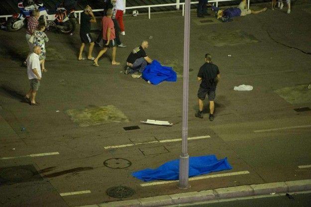 Strage a Nizza: intervista a Helene, testimone dell'attacco terroristico