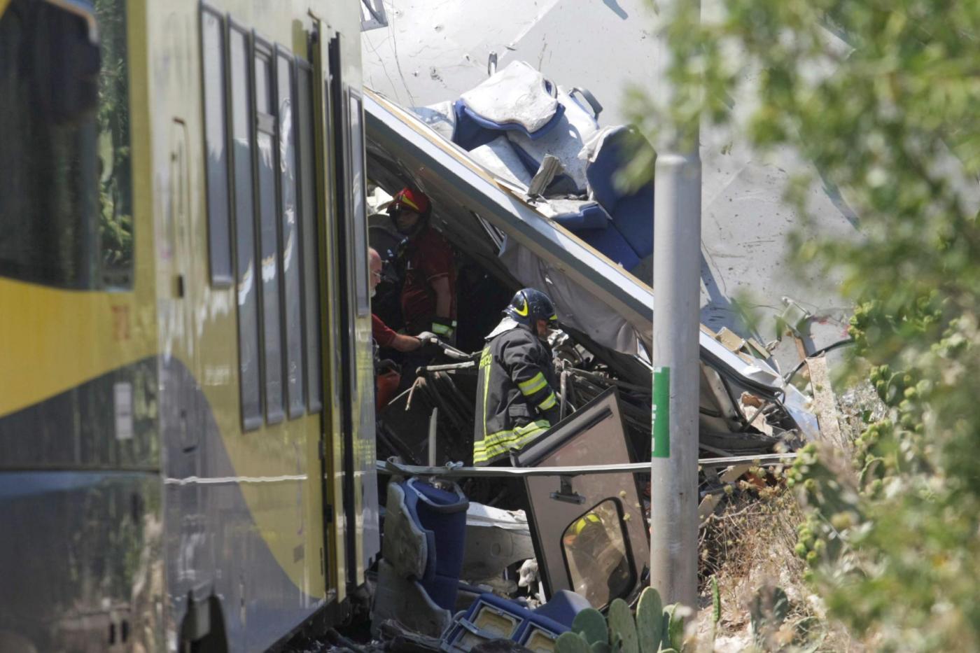 Devastante scontro frontale tra treni nei dintorni di Corato in Puglia