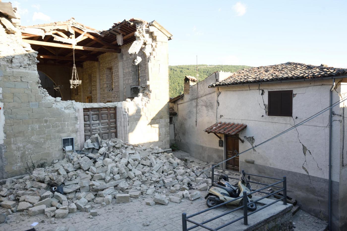 Terremoto Accumoli, famiglia distrutta dal crollo del campanile restaurato da poco