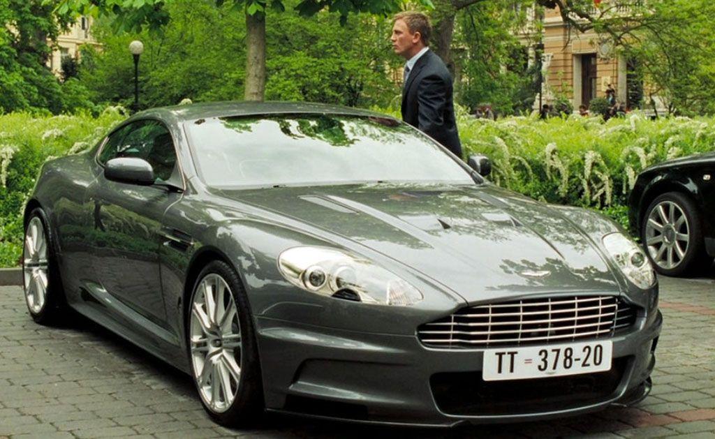 L'Aston Martin DBS V12 di 007 nel film Casino Royale