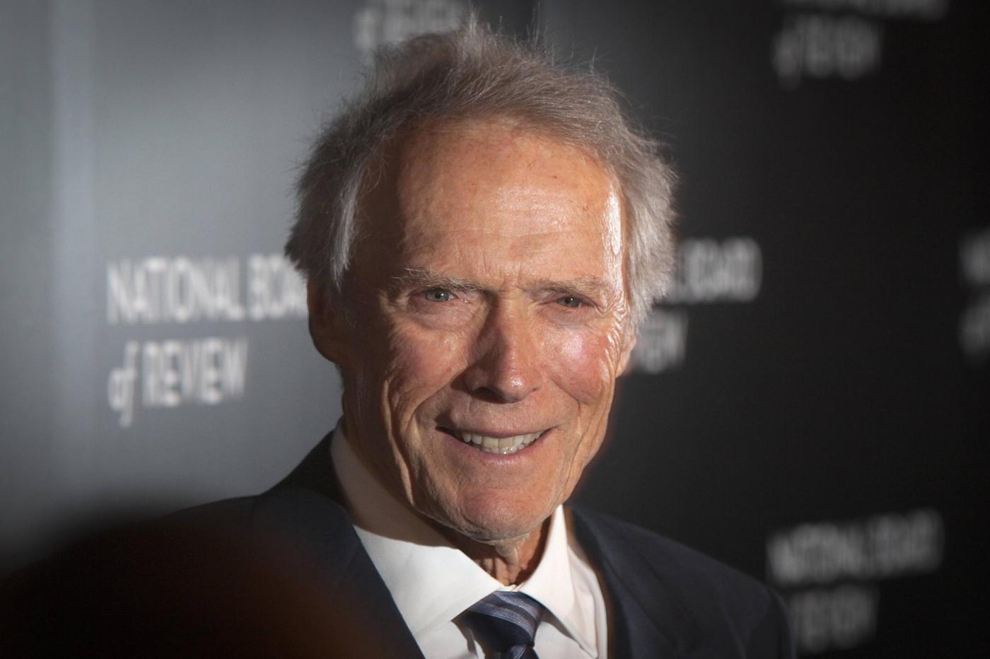 Clint Eastwood sceglie Trump