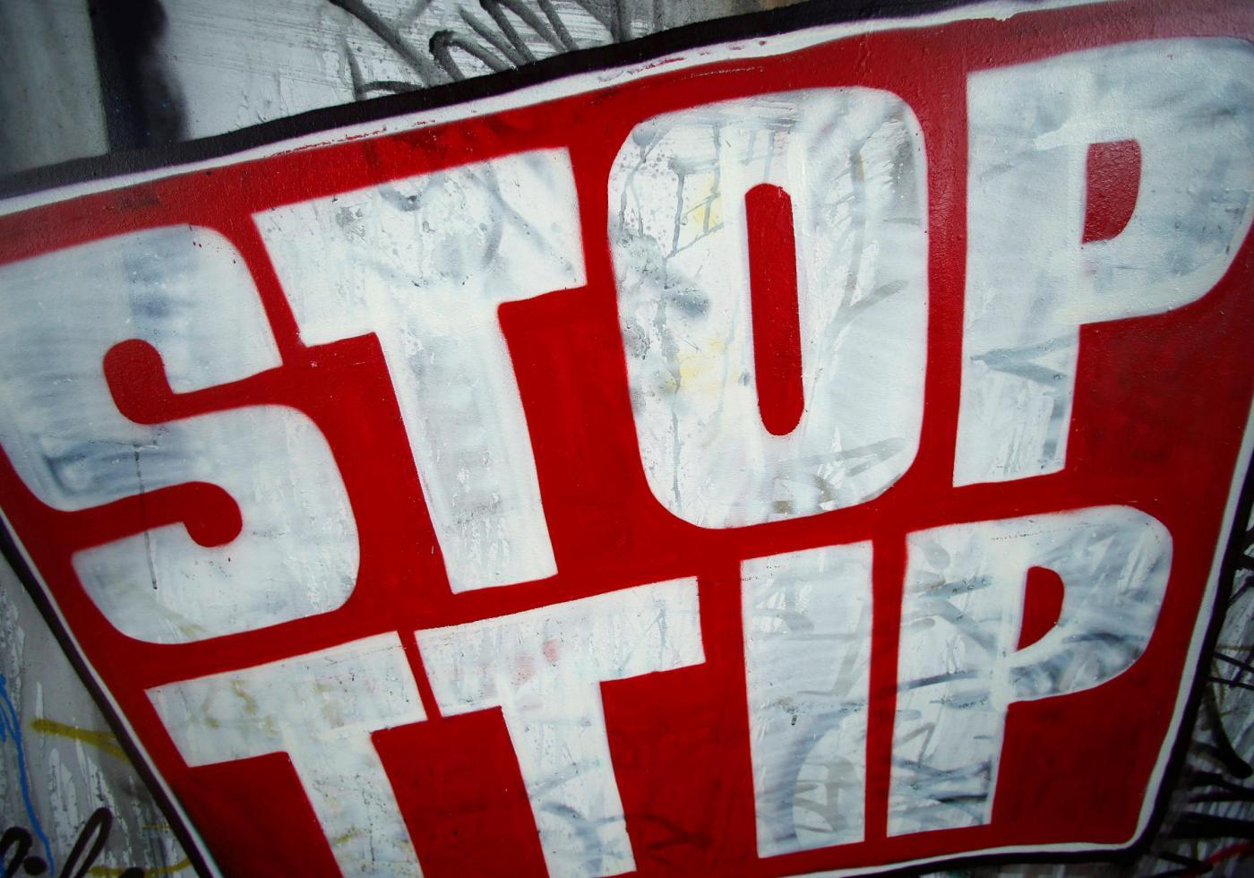 Francoforte, proteste contro il TTIP
