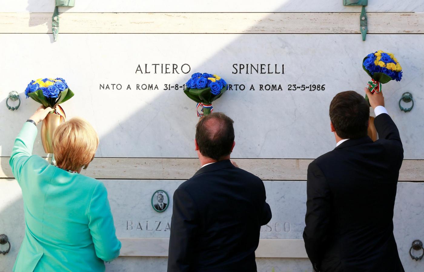 Ventotene, Renzi accoglie Merkel e Hollande