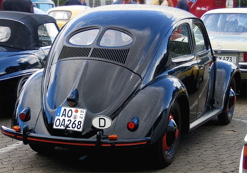 Volkswagen Maggiolino 4