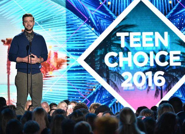 TCA 2016: Justin Timberlake contro l'omofobia e il razzismo