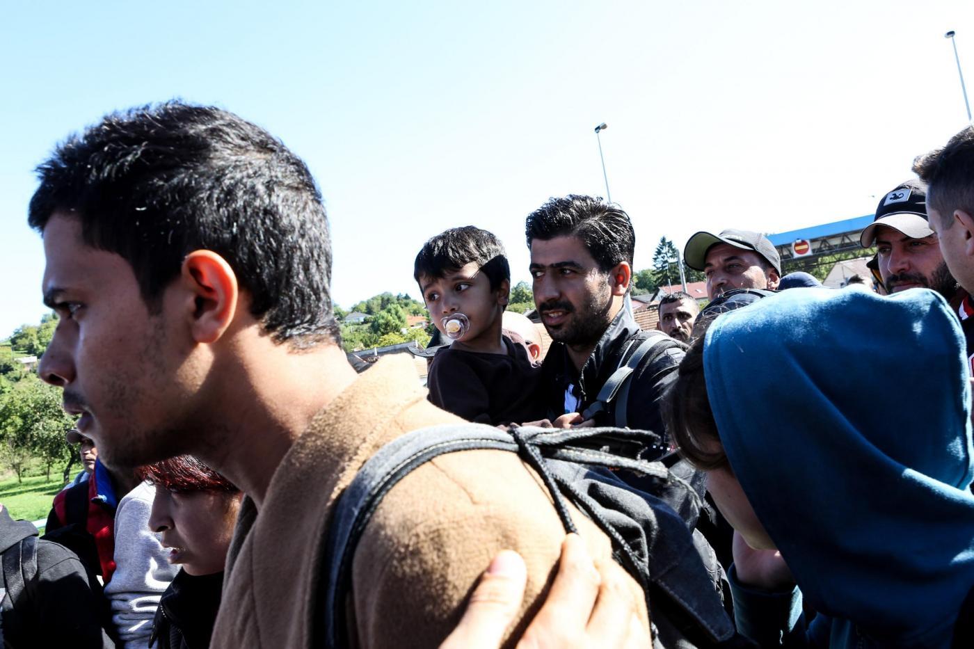 Migranti: migliaia verso l'Europa attraverso Slovenia, Serbia e Croazia