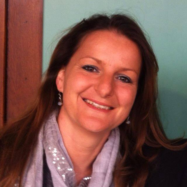 Deputata svizzera fermata mentre aiuta migranti minorenni a passare il confine