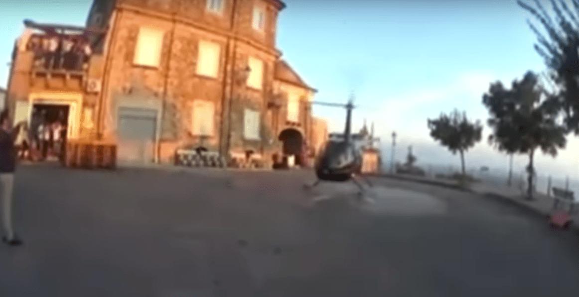 Vibo Valentia, elicottero atterra in piazza per le nozze: aperta un'inchiesta