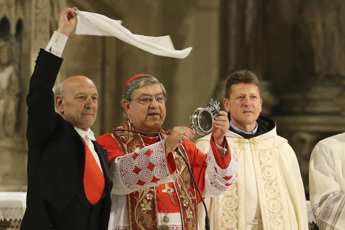Miracolo del sangue di San Gennaro: cosa dice la scienza