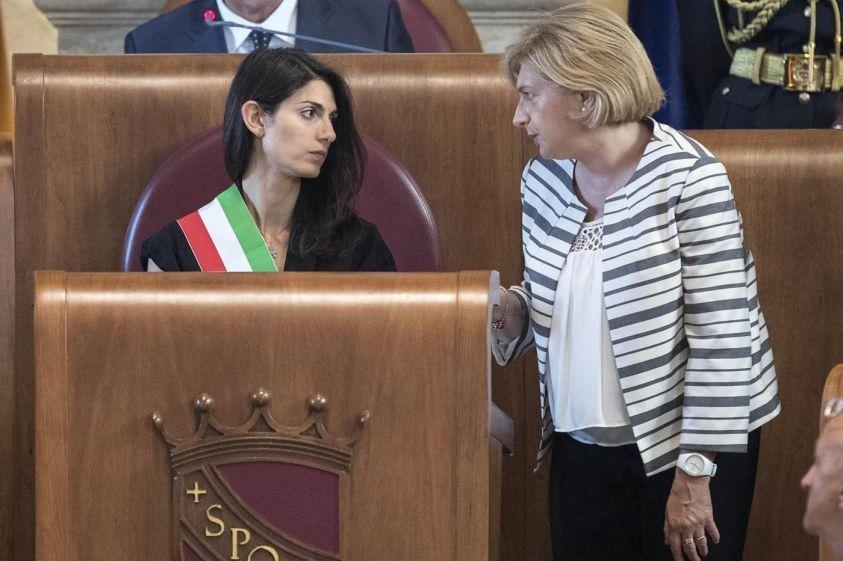Virginia Raggi: 'So da luglio di Muraro indagata, anche il direttorio sapeva'