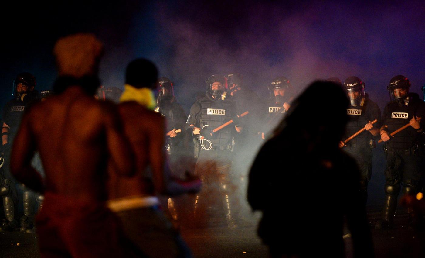 USA, morto il ferito di Charlotte: deceduto anche un ragazzo ferito a Baltimora