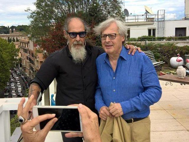 Sgarbi e D'Agostino insieme in TV a 25 anni dallo schiaffo