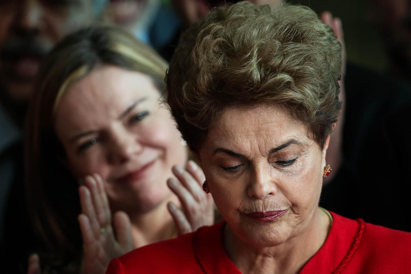 Brasile: sì a impeachment per Dilma Rousseff, lei grida al golpe e annuncia il ricorso