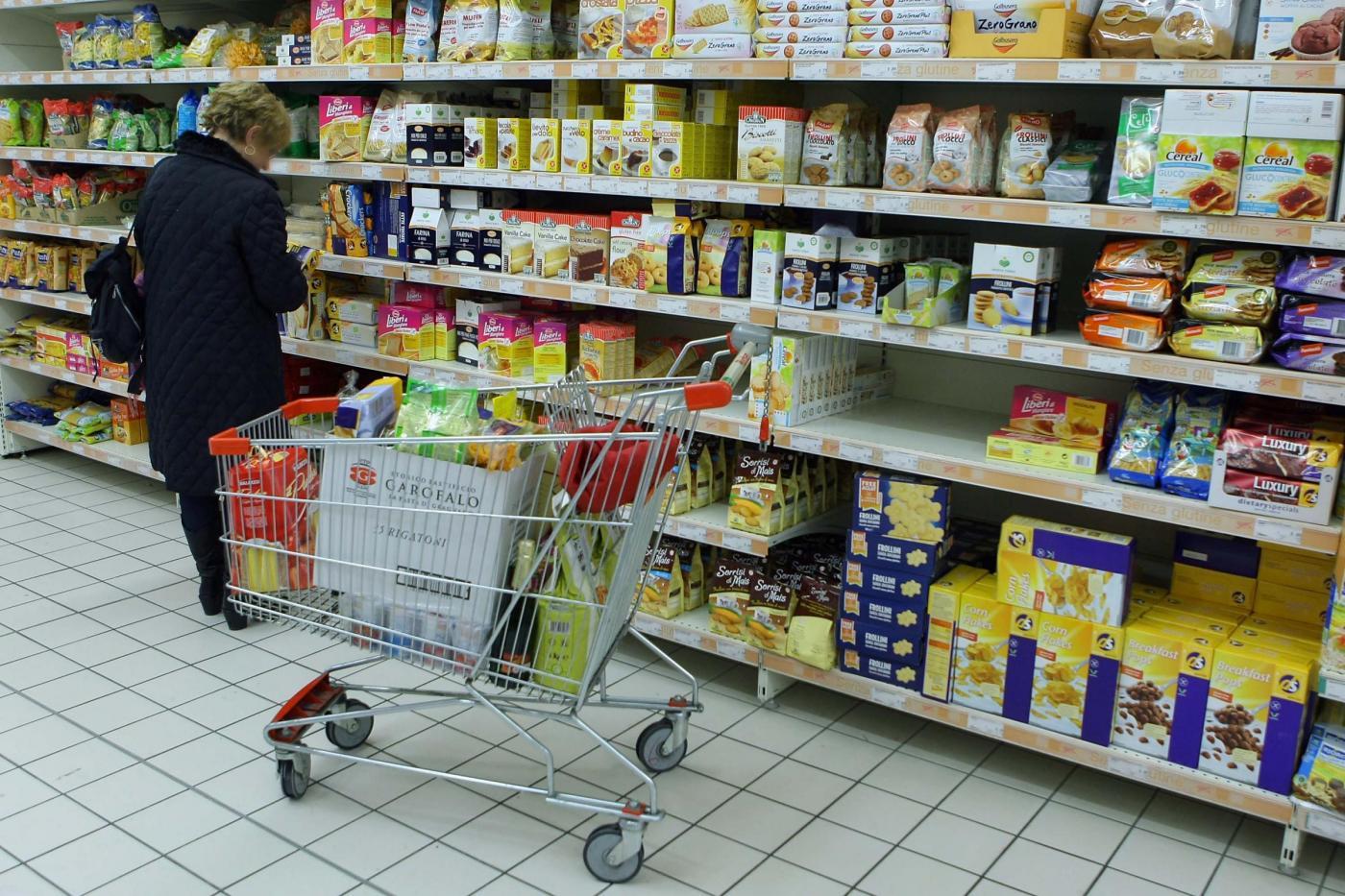 Istat: confermata la crescita zero nel II trimestre, +0,8% annuo