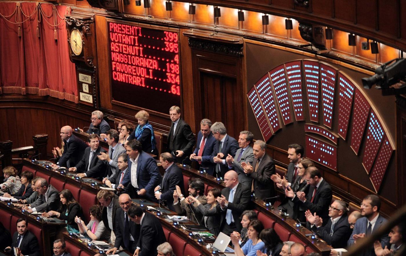 Italicum, la Camera approva mozione della maggioranza per le modifiche