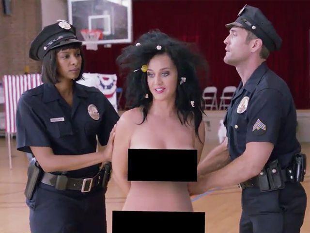 Katy Perry e Madonna senza veli per Hillary Clinton