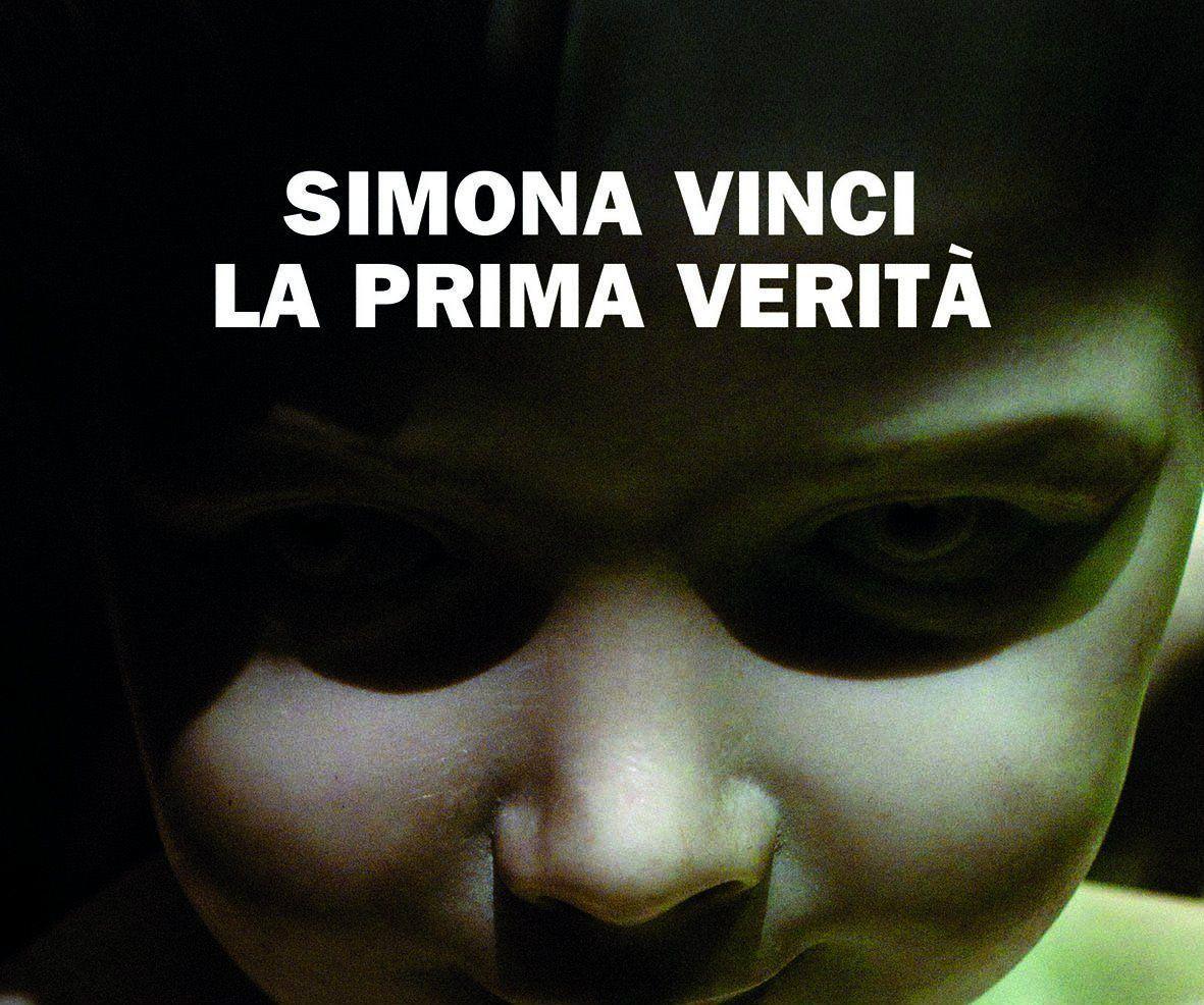 La prima verità, il libro di Simona Vinci che racconta la follia